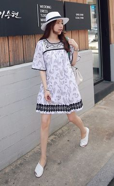Miamiyu K - Miamasvin Textured Dress With Lace Trims, Miamasvin Asymmetric Peep Toe Shoes - Earthbound