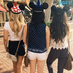 "Photos: ""I Didn't Do It"" Ladies Having Fun At Disneyland Resort October 3, 2014"
