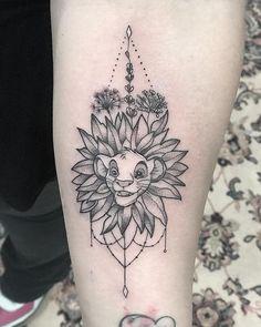 New disney tattoo ideen simba 64 ideas Wolf Tattoos, Finger Tattoos, Leg Tattoos, Lion King Tattoos, Simba Tattoo, Tatoos, Diy Tattoo, Tattoo Now, Custom Tattoo