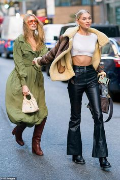 Martha Hunt wearing Derek Lam Charlotte Sunglasses, Jacquemus Belted Maxi Dress, The Row Double Circle Bag and Stuart Weitzman Cocoa Leather Tubo Boots Star Fashion, Fashion Models, Fashion Outfits, Fashion Trends, Catwalk Fashion, Looks Style, My Style, Victoria's Secret, Model Street Style