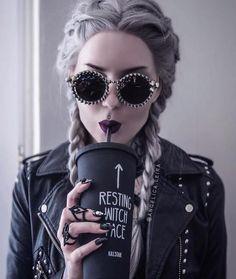 Studded Round Sunglasses – sorayraya