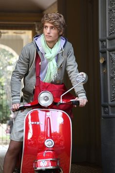 When Vespa becomes part of your fashion.