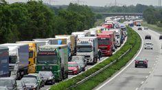 LKW - Verkehr in der Region Hamburg