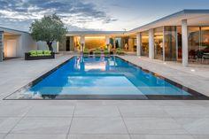Transformation d'une piscine de forme L en piscine miroir