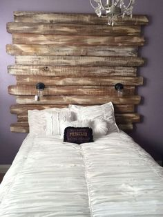 Turned Fence Boards Into a Shabby Chic Headboard. Also, love the inexpensive jar-lamp sconces. Shabby Chic Headboard, Shabby Chic Bedrooms, Shabby Chic Homes, Shabby Chic Decor, Rustic Decor, Diy Home Decor Bedroom, Diy Home Decor Projects, Bedroom Furniture Sets, Shabby Chic Furniture