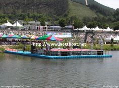 It is a different angle of snap shot for floating music stage in Mojoo, Korea.  다른 각도에서 찍은 수상무대로 공연을 위해 제작된 적용사례입니다.