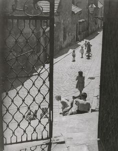 Ester Plicková - Bratislava. Mikulášska ulička 1947 Female Photographers, Bratislava, Louvre, River, Photography, Vintage, Photograph, Fotografie, Photoshoot