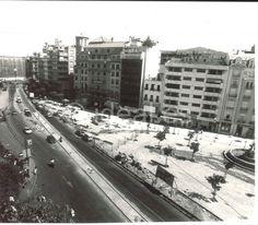 Obras de remodelación del Embovedado. Juan Ortiz. Agosto 1992 Granada, Madrid, Outdoor, War, Old Photography, Walks, Antique Photos, Blanco Y Negro, Cities