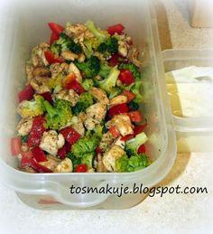 To smakuje: Obiad do pracy #1 - Kurczak duszony z brokułem
