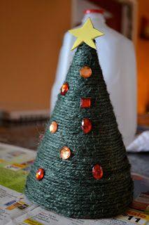 Mama Mia's Heart2Heart: Party Hat Christmas Crafts