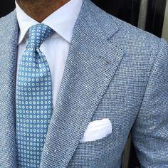 http://chicerman.com  violamilano:  The beauty of a Viola Milano 5-fold silk tie worn by @danielmeul of @pauwmannen  New collection at www.violamilano.com  #violamilano #handmade #madeinitaly #luxury #sartorial #timeless #pauwmannen  #menshoes