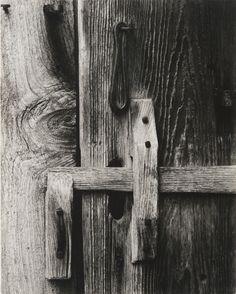 Paul Strand (American, 1890–1976), Door Latch, Stockburger's Farm, East Jamaica, Vermont, 1944 (negative) / 1944 (print), gelatin silver print, 9 5/8 × 7 5/8 inches. Philadelphia Museum of Art, The Paul Strand Collection, from the Collection of Dorothy Norman, 1969-83-23. © Paul Strand Archive/Aperture Foundation