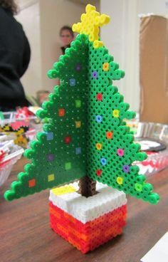 3D Perler bead Christmas Tree by KyraSayuri