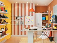 Você pode dar novas funções aos cômodos da sua casa. Confira o quarto, do Casa.com.br, que virou home office e sala de estar, no blog da Leroy Merlin. http://leroy.co/1mIPMwf