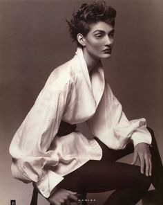 Chloé silk blouse with shawl collar, full pleated sleeves and french cuffs. Kim Knott photo.