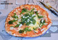 Pizza recipe with bacon, bimi and cheese Bacon Recipes, Pizza Recipes, Artisan Pizza, Great Pizza, Pizza Casserole, Dessert Pizza, Pizza Dough, Vegetable Pizza, Cheese
