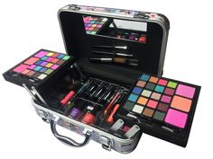 BR Carry All Trunk Train Case Make Up Set Artist Design (Artistic) >>> Discover this special product, click the image : Travel Makeup