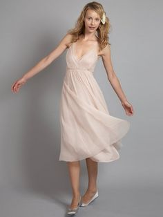 I see a bride in a meadow wearing this!