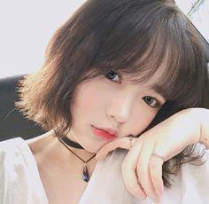 47 Ideas Hair Short Korean Ulzzang - New Site Pelo Ulzzang, Korean Ulzzang, Uzzlang Girl, Korean Beauty, Asian Beauty, Ulzzang Short Hair, Cute Korean Girl, Ulzzang Fashion, Korean Fashion