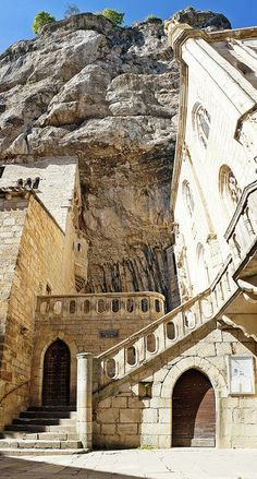 Rocamadour (Dordogne, France), is a small town perched atop a rocky plateau. It is a stop on the St James's Way and listed as World Heritage by the UNESCO. Not to miss: its old caves and cheese http://www.touristeye.com/Rocamadour-p-7696