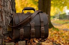 Saddleback Leather Large Classic Briefcase.... some day..when im a world traveler..i will take this with me...and all the scratches and scrapes..will tell a different story of where i have been..