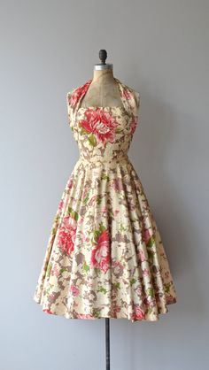 adorable 50s style halter dress
