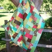 Meandering Path Quilt - via @Craftsy