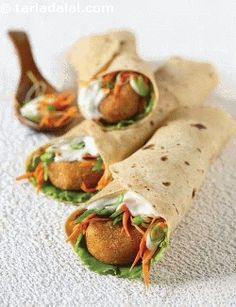 A traditional punjabi starter transforms into an exotic and innovative wrap when combined with fresh veggies like spring onion whites, lettuce and carrots. The addition of mayonnaise binds the flavours of this wrap, and enhances its appeal. To avoid the rajma tikkis from turning soggy, ensure that you drain the cooked rajma and leave it aside in the sieve for at least five minutes, so they become completely dry. Also, don't forget to coat the tikkis with corn flour.