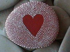 Simple craft ideas stone paint dots pattern red heart