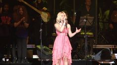 Wembley Arena Rebecka Karlsson 2014 Mamas Song