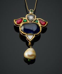Pendant with cabochon sapphire kundan style Jewelry Design Earrings, Gold Jewellery Design, Egyptian Jewelry, Indian Jewelry, Mughal Jewelry, Copper Jewelry, Antique Jewelry, Gold Pendent, Jade Pendant