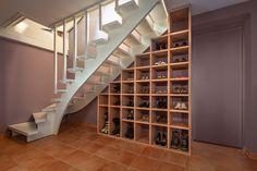 Stufenregal Treppe