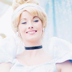 """179 mentions J'aime, 13 commentaires - Pauline B. Frank ✨ (@peterestunefille) sur Instagram: """"Cendrillon, loin d'être ma princesse préférée, mais je trouve que c'est vraiment LA princesse…"""""""