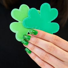 Green glitter ombre in time for St. Patrick's Day! #FormulaX #Sephora #sephoranailspotting