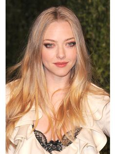 Famous Actress Amanda Seyfried From Mean Girls Mes Movies.
