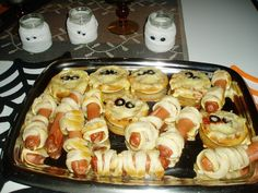 Halloween stuff: pizzas, wieners and some candel cups!