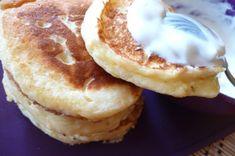 összekeverjük Camembert Cheese, Pancakes, Deserts, Paleo, Food And Drink, Favorite Recipes, Sweets, Baking, Breakfast