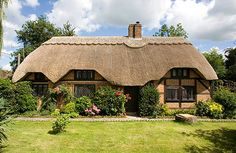 Beautiful English Countryside Fairytale Cottages With English Country Gardens