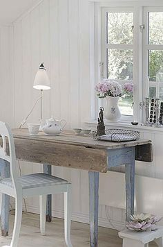 rustic table!