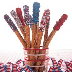 red, white, & blue chocolate-dipped pretzel rods