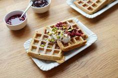 Kvasové vafle - Maškrtnica Baking, Breakfast, Food, Bread Making, Morning Coffee, Meal, Patisserie, Backen, Essen