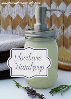 Put together your liquid hand cleaning soap with this straightforward recipe. Lower your expenses and the surroundings. Magical Put together your liquid hand . Savon Soap, Diy Shampoo, Diy Lotion, Liquid Hand Soap, Fall Nail Designs, Healing Herbs, Natural Cosmetics, Diy Cleaning Products, Natural Medicine
