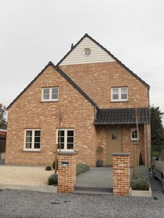 Huis - gebouwd met de oud-haspengouw baksteen van steenfabriek Nelissen