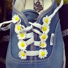 My little one would love to have flowers on her shoes