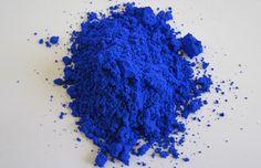 YInMn, a nova cor azul é tão durável, segura e atóxica e seus compostos são tão estáveis – que mesmo em contato com óleo e água – ela não desbota.