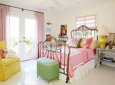 Image result for shabby chic interior design Shabby Chic Interiors, Shabby Chic Bedrooms, Shabby Chic Homes, Shabby Chic Style, Shabby Chic Decor Living Room, Eclectic Bedrooms, Rustic Shabby Chic, Bedroom Green, Bedroom Decor