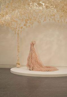 "ModaLisboa - Lisboa Fashion Week - ""KARL LAGERFELD. MODEMETHODE"" – A MAIOR RETROSPETIVA DA OBRA DE KARL LAGERFELD"