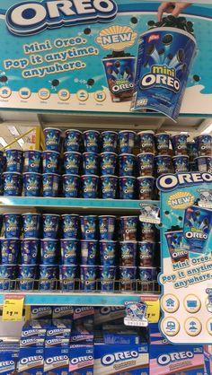 Mini Oreo Gondola Display | Gondola Display | point of purchase at thesellingpoints.com