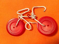 Wire button wheel bicycle necklace