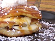Caramel Pecan Cream Cheese Pancakes… and the bananas are optional Pecan Pancakes, Crepes And Waffles, Banana Pancakes, Baked Pancakes, Sweet Cream Pancakes Recipe, Cream Cheese Pancakes, Ricotta Pancakes, Bob Evans Recipes, Breakfast Dishes